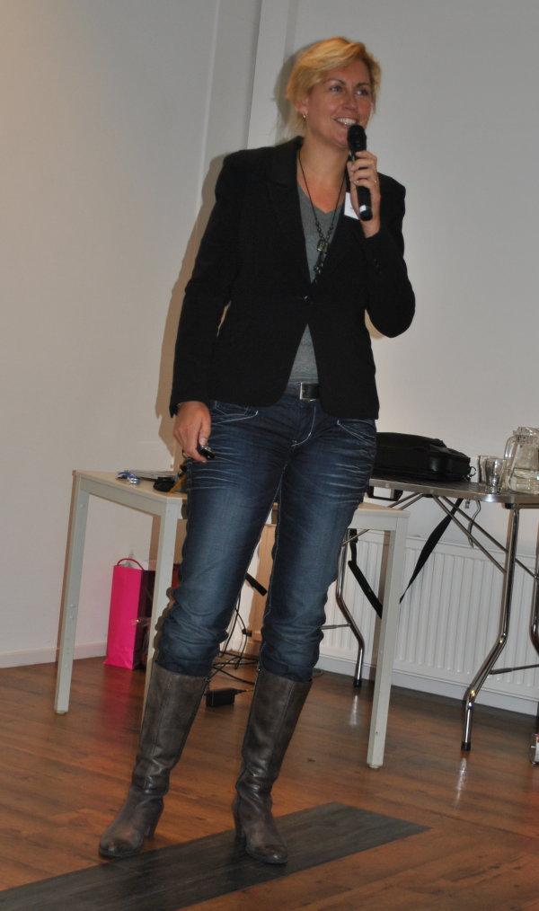 2010-11-06 symp.Kathalijne Visser